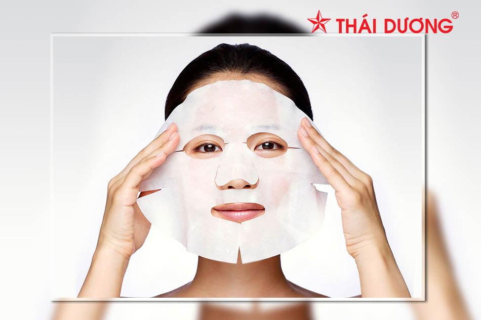 Quy trình 8 bước chăm sóc da mặt ban đêm đơn giản đúng cách
